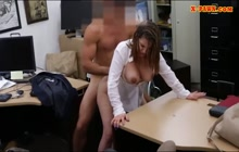 Babe with natural body enjoys in big cock